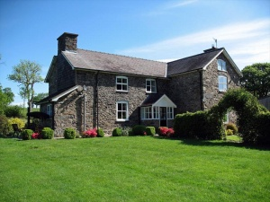 Gwaenynog Farmhouse B & B and Campsite